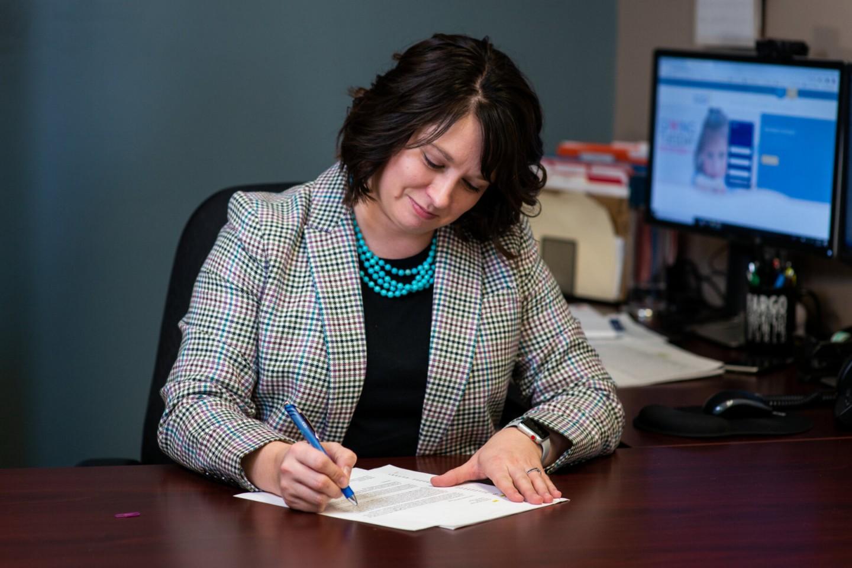 Melissa Sobolik working at Great Plains Food Bank