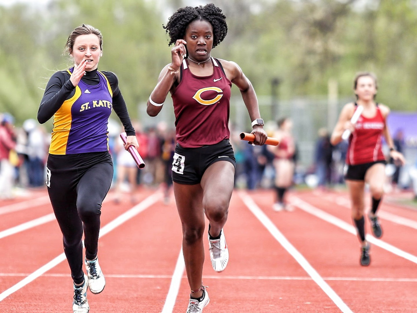 Zahra Banks competes in the 100 meter relay